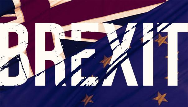 BREXIT, si chiama democrazia, la storia si rimette in moto